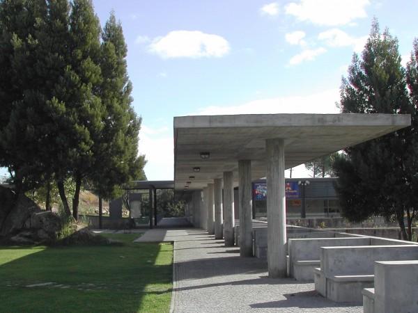 Instalações Desportivas, Arquitectura, Espaços Exteriores